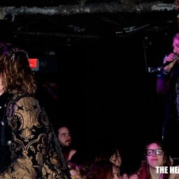 Photography by: Jeanette LeBlanc | The Heavy Press | December 15th, 2013 | The Annex Wreckroom, Toronto | Do not crop or modify these images