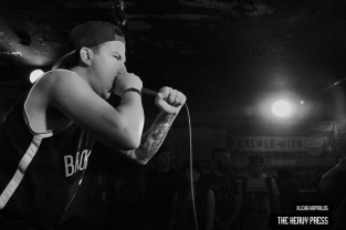 Photography by: Alexia Kapralos | The Heavy Press | May 22nd, 2015 | Sneaky Dee's, Toronto | Do not use without permission | Do not crop or modify these images