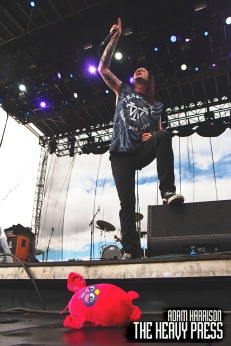 RiotFest2015_Saturday_CanverBats_09