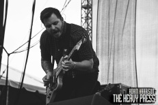 RiotFest2015_Saturday_Thrice_02