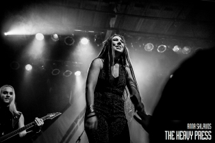 Amaranthe_The_Phoenix_Concert_Theatre_2015_81